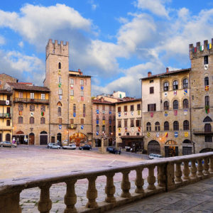 3-hour private tour, your expert and certified tourist guide will lead you through the important and interesting sites of the beautiful city of Arezzo.