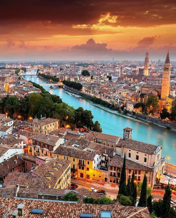 Verona has a unique historic center, declared a World Heritage Site by Unesco for its architecture and urban structure, romantic and charming